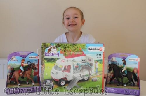 little e schleich horse club mobile vet van schleich horse club figures
