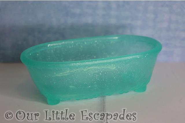 bath tub baby born surprise pets