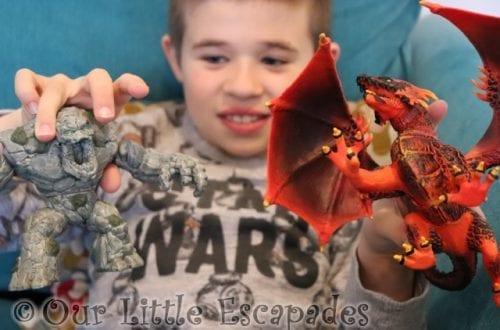 ethan stone monster lava dragon schleich eldrador creatures