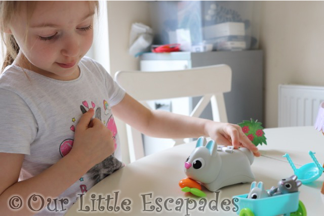 little e coding bopper coding critters learning resources