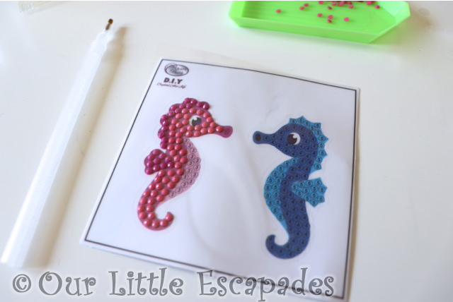pink seahorse complete seahorse couple