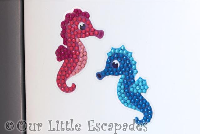 seahorse couple crystal art motif